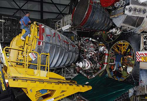 STS-125 Space Shuttle Atlantis Engine Installed